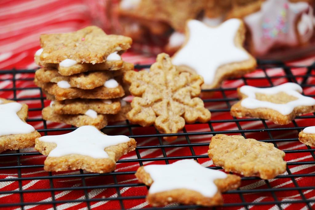 Gateaux Ou Biscuits Etoiles De Noel Recette Facile Hervecuisine Com