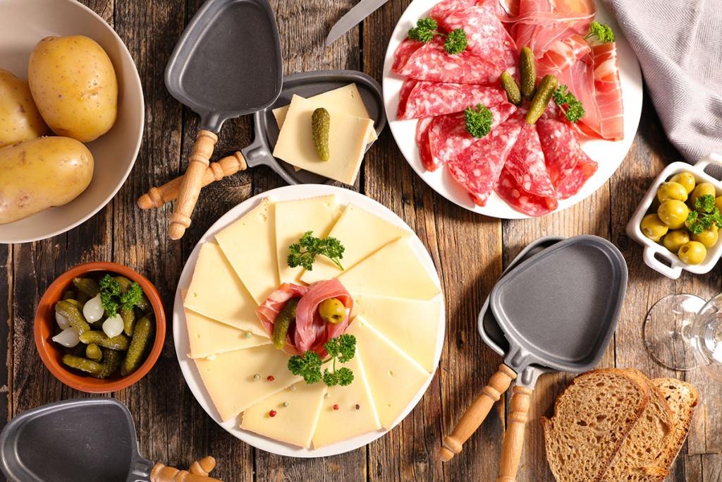 Idée Raclette Recette de la Raclette originale   HerveCuisine.com