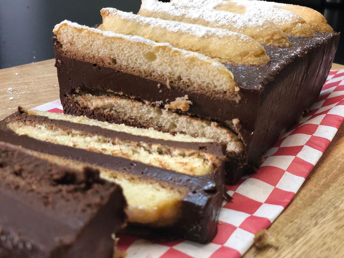 Recette Du Gateau Au Chocolat Sans Cuisson Avec Seulement 4 Ingredients Hervecuisine Com