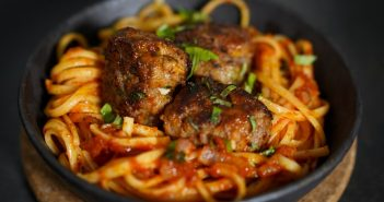 Tender meatballs and spaghetti