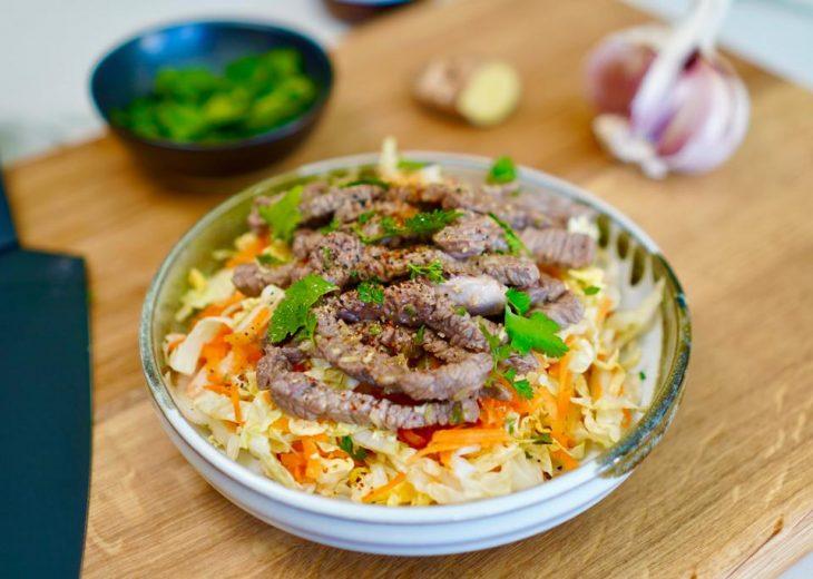 Salade thaï de boeuf bio inspirée des larmes du tigre
