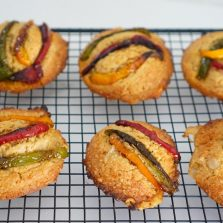 Cookies salés à partager à l'apéritif au Grana Padano et légumes du soleil