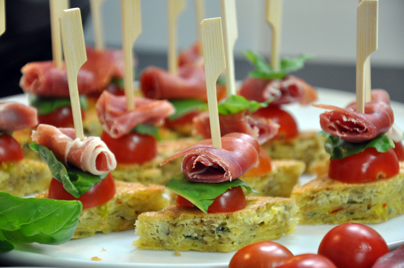 Tapas rapide tortilla au safran tomates et jambon - Cuisine espagnole tapas ...